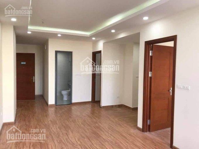 Chủ nhà cho thuê căn hộ CT1 43 Phạm Văn Đồng 2 phòng ngủ đồ cơ bản, giá từ 6tr/th (SĐT: 0963446826)