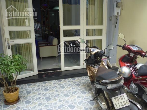 Bán nhà mặt tiền đường Hoa Cau, Phú Nhuận 8.2x18.6m, DTCN 155m2, giá 27.5 tỷ TL