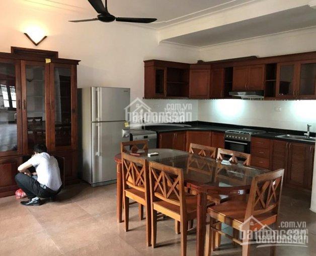 Cho thuê nhà biệt thự 4 tầng, diện tích 200m2, mặt tiền 10m, khu Tô Ngọc Vân, Tây Hồ. 0981222026