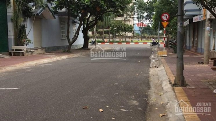 Bán nhà mặt phố 1 trệt 3 lầu đường Bế Văn Đàn P7 VT 90m2 5x18m Đông Bắc, 9.4 tỷ. LH 0933.159515 Nam