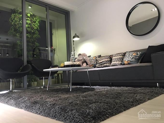 Chính chủ cần cho thuê căn hộ chung cư Vinhomes Nguyễn Chí Thanh, 2 PN, đủ nội thất, giá 18 tr/th
