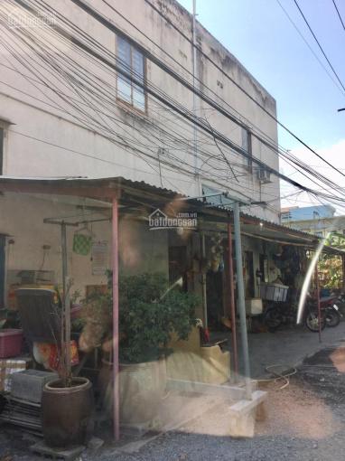 Bán dãy nhà trọ 184m2 có 32phòng cho thuê full thu nhập gần 800tr/năm, cách Phạm Văn Đồng chỉ 300m2