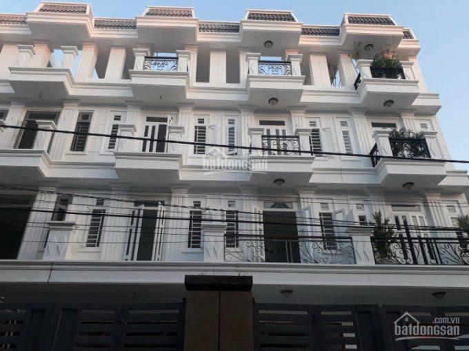 Bán nhà mặt tiền ngay Tô Ngọc Vân, Quận 12. Giá chỉ 2.9 tỷ/căn, nhà 1 trệt 3 lầu, LH 0938.018.894