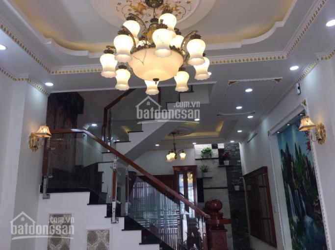Bán nhà chính chủ quận Bình Thạnh, đường Phan Bội Châu cách sân bay 5km. Nhà mới xây giá chỉ 2.9 tỷ