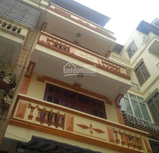 Cho thuê nhà 70m2x4 tầng ngõ Hoàng Sâm, ô tô tránh nhau, 22 triệu/tháng