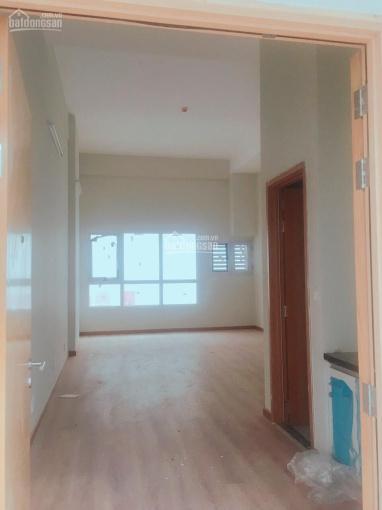 Cho thuê căn hộ văn phòng 35m2 mặt tiền Cao Thắng 11tr/tháng, LH Châu 0938285287