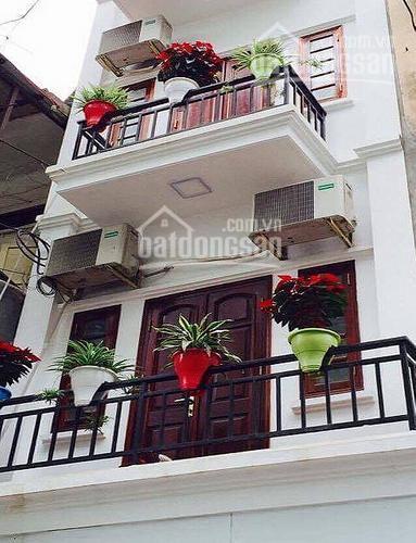 Bán nhà phố lớn La Khê Hà Đông HN, đường thông ô tô vào nhà, kd tốt 35m2*4T, giá 2.75tỷ. 0989012485