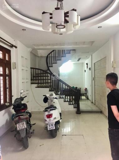 Cho thuê nhà Lê Văn Lương, 5 tầng, 7 phòng, 68m2, 18 tr/tháng: 0963519901 ảnh 0