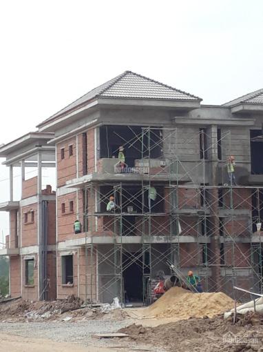 Bán nhà như hình 2 lầu đúc, MT Hà Duy Phiên, DT 6x20m, SHR, giá 2,5 tỷ