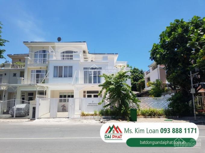 Bán căn biệt thự đẹp duy nhất, đường lớn khu Nam, Phú Mỹ Hưng, quận 7 giá 45 tỷ TL. 093 888 1171
