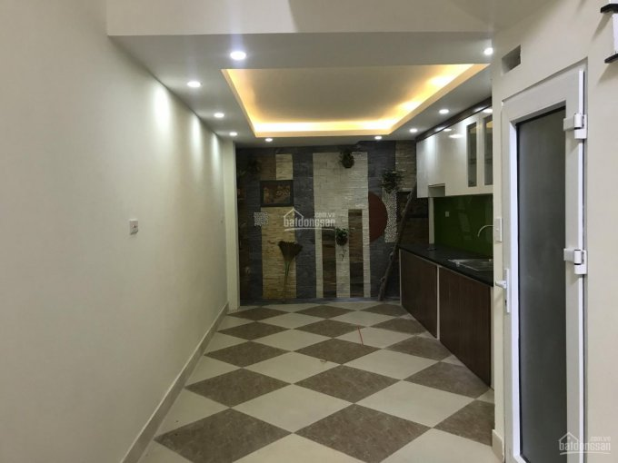 Chính chủ cần bán nhà tại ngõ 29 Khương Hạ, Thanh Xuân, 40m2 x 5 tầng. LH: 0983406965