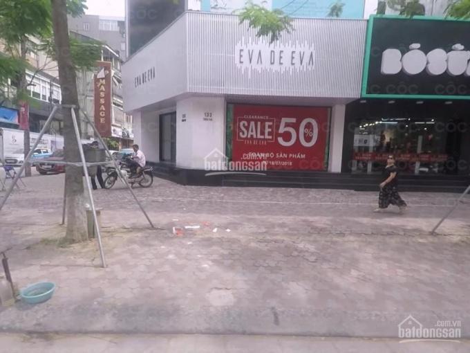 Cho thuê nhà MP Thái Hà lô góc 140m2 mặt tiền 14m vuông vắn kinh doanh mọi mô hình, LH 0941.298.397