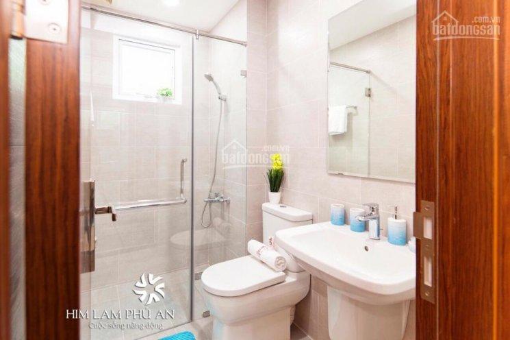 Chính chủ cần bán căn hộ HIm Lam Phú An full nội thất 7tr/th, căn góc, LH Dương 0906388825