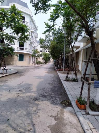 Bán nhà liền kề KĐT Đô Nghĩa, DT 75m2, 5 tầng, mặt đường 25m, nhà mới xây
