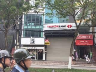 Bán gấp nhà mặt phố Kim Mã, 70m2, MT 5m, giá hợp lý quận Ba Đình