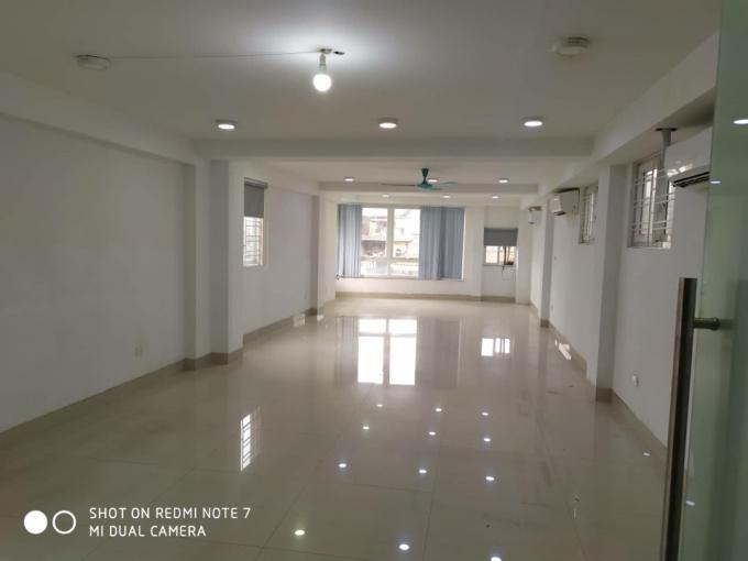 Cho thuê nhà phố Phạm Thận Duật thích hợp làm văn phòng, công ty, spa, showroom, siêu thị 35tr/th