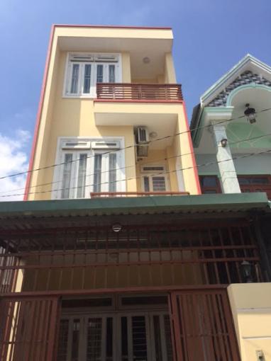 Nhà 1 trệt 2 lầu, 4x11m, gần bến xe Miền Tây
