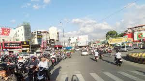 Cho thuê nhà Nguyễn Đình Chính Phú Nhuận, DT: 16x26m, 2 tầng, 150 triệu/tháng. Liên hệ 0938 540 788