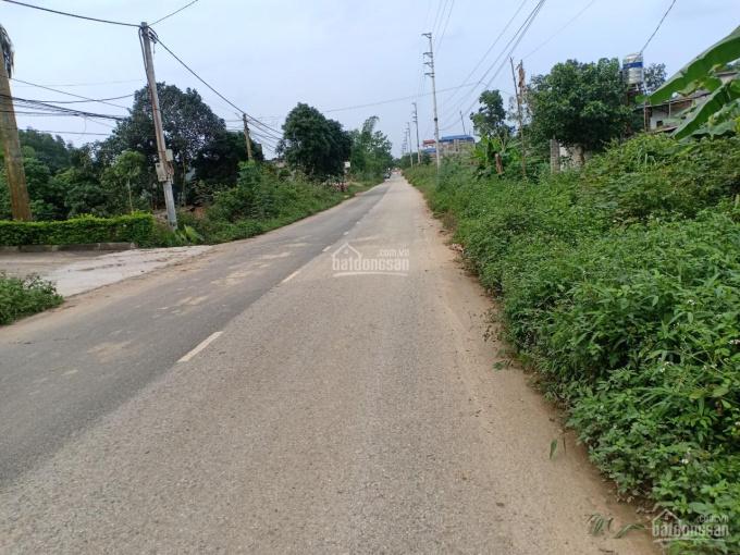 Cần bán 1000m2 gần Xanh Villas mặt tiền 10m tiếp giáp 2 đường, giá 5.5 tr/m2. Mrs Chiến: 0971274648