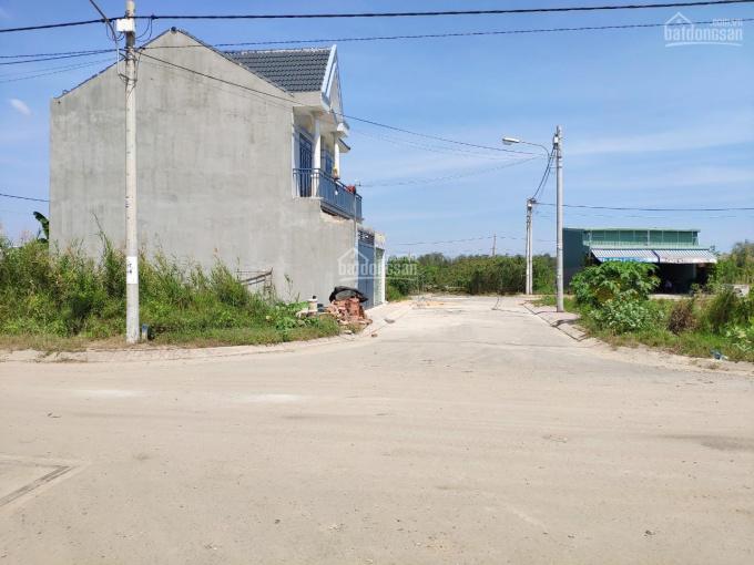 Bán đất phường Phú Hữu, 80m2 đường nhựa 10m, giá 2.7 tỷ, chỉ gần 34 triệu/m2, LH 0987208010