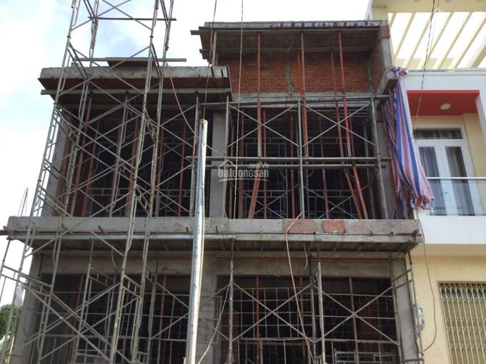 Nhà mới xây cho thuê, mặt tiền rộng rãi, ngay trung tâm TP Châu Đốc