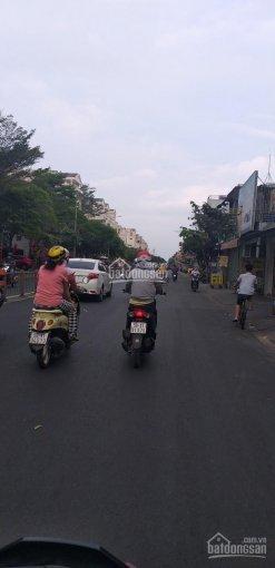 Bán đất TT Gia Ray ,gần trường Trần Phú, DT: 6 x 36m, 1005 thổ cư 100%, giá 580tr