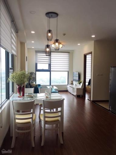 Cho thuê các căn hộ tại Eco Green City 2 phòng ngủ full đồ, giá 12tr/th nhà đẹp. LH: 0968 452 898