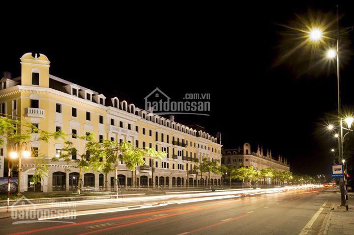 Chính chủ cần bán khách sạn gồm 36 phòng, 1 nhà hàng, 1 quán cafe view hồ đã có sổ, LH: 0963082962