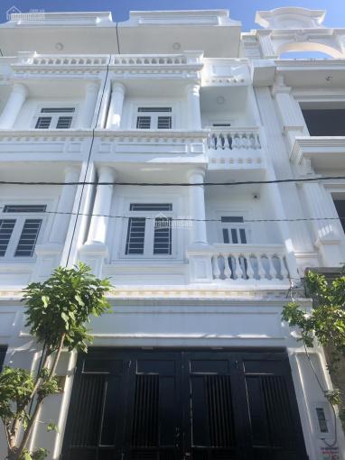 Chính chủ bán nhà 4 tầng DTSD 200m2 gần Vincom Võ Văn Ngân, ngã tư Thủ Đức