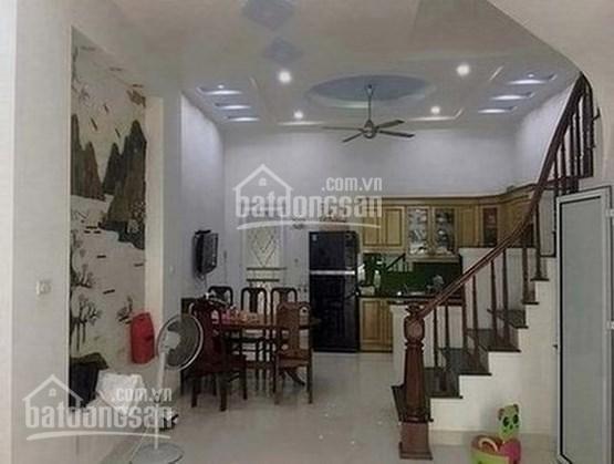 Chính chủ cần bán nhà gần UBND phường Văn Quán, 5 tầng xây mới, 2,6 tỷ, LH: 094.113.9669