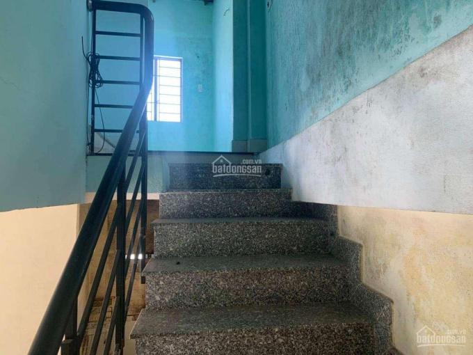 Cần bán nhà 2 tầng kiệt 3,5m, đường Phó Đức Chính, gần chợ, gần trường học