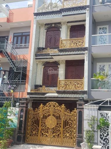 Nhà khu Tên Lửa Sầm uất, Bình Tân, 5x16m, full nội thất gỗ cao cấp, 3 lầu nhà đẹp sang chảnh