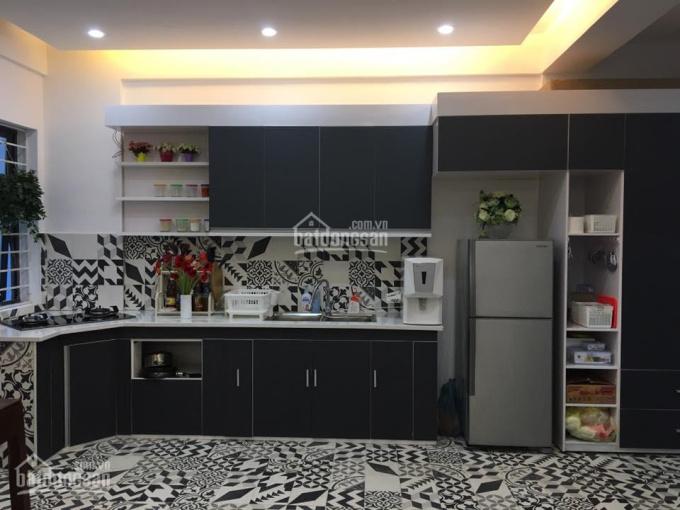 Chính chủ, bán căn hộ chung cư Quang Minh, khu 15 tầng, căn góc (2 căn gộp 1)