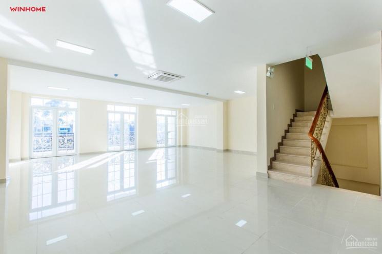 Văn phòng 2 mặt tiền 12m, quận Tân Bình. Diện tích: 35m2 - 50m2 - 80m2 - 100m2 LH: 0963.953.592