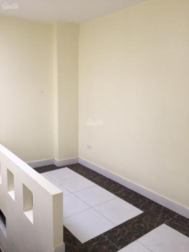 Bán nhà Đại Từ, Hoàng Mai, 31m2, 5 tầng, 3PN, nội thất đẹp, ô tô đỗ gần nhà, ngõ nông, 0982900243