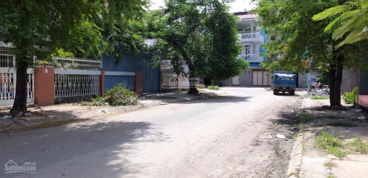 Cần bán căn biệt thự Bình Đăng, P. 6, Q. 8, gần bến xe, TTHC, DT 170,2m2, 13.99 tỷ. LH 0902561411