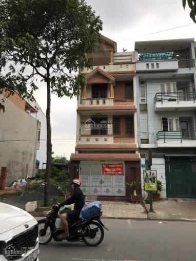 Cho thuê nhà nguyên căn 3 lầu đường lớn khu sân bay Huỳnh Lan Khanh Q. Tân Bình