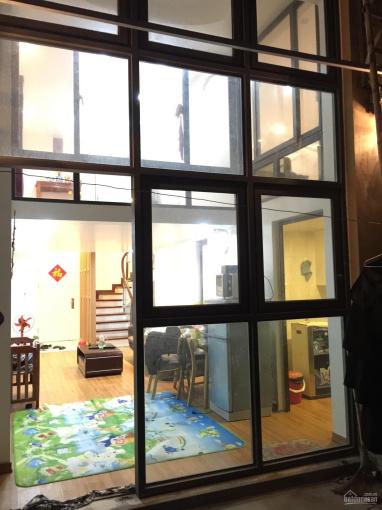Bán shophouse chung cư cắt lỗ giá rẻ 980tr 2 sàn 60m2, sân 40m2