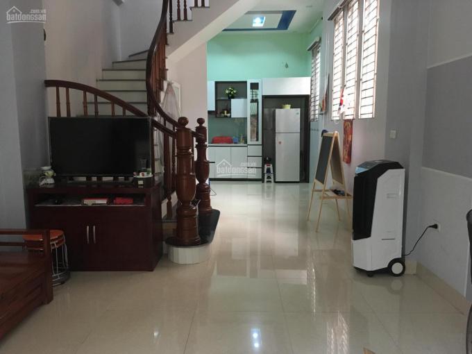 Cho thuê nhà 3 tầng tại khu Cầu Bươu, gần khu đô thị Đại Thanh, Thanh Trì, Hà Nội