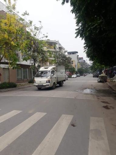 Bán nhà BT KĐT Văn Phú, Hà Đông. Lô góc, kinh doanh, giá bán 18 tỷ