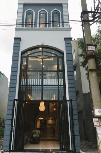 Cần bán nhà 2 mặt tiền số 199 Lưu Nhân Trú 72m2 xây 3 tầng, đầy đủ nội thất chính hãng