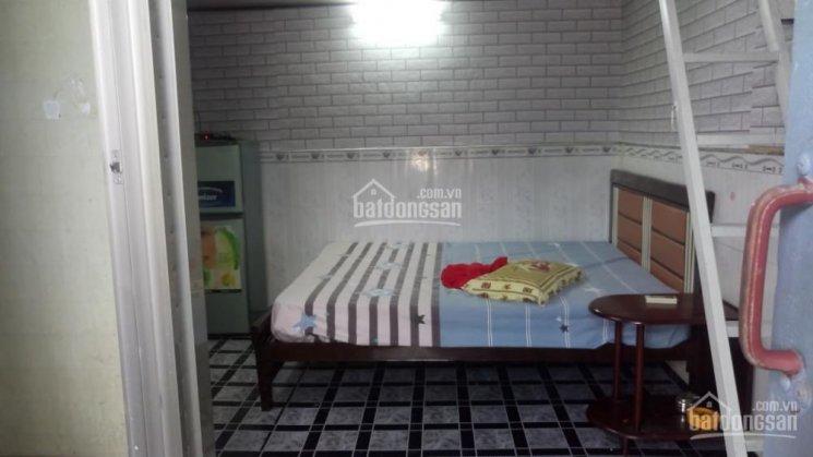 Cho thuê phòng 3tr500/th. Nhà đầy đủ tiện nghi, có thêm gác lửng, giờ tự do
