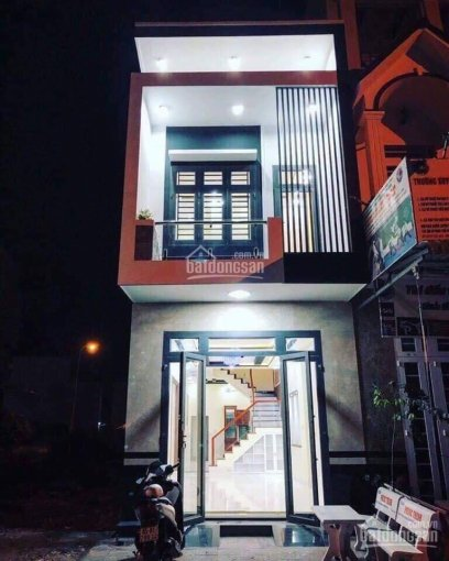 Bán nhà hoàn thiện ngay ngã tư Hòa Lợi