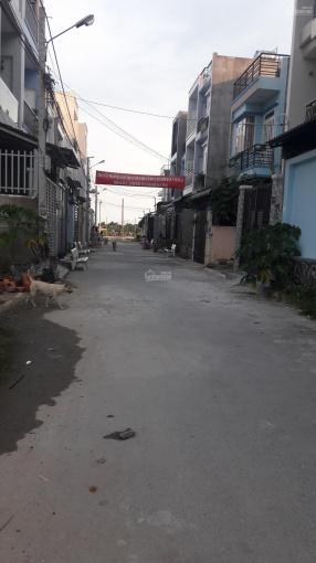 Nhà 1 trệt 1 lầu, 2PN, đường Gò Cát, P. Phú Hữu, đường nhựa 6m, giá tốt