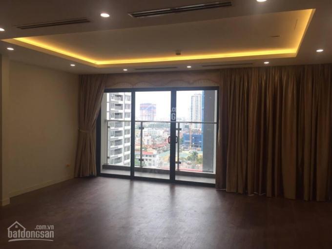 Cho thuê CHCC D2 Giảng Võ, Ba Đình, 60m2, 2 phòng ngủ, đồ cơ bản, giá 11 tr/tháng, 0963217930