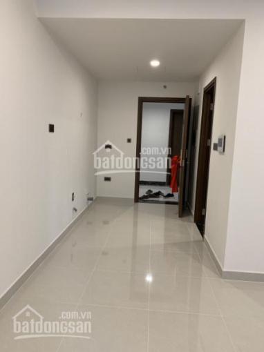 Cho thuê officetel Sài Gòn Royal, dt 40m2, tầng cao, view đẹp, giá 13 tr/tháng. LH: 0909 722 728