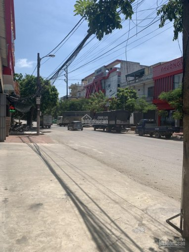 Nhà phố 3 tầng mới xây mặt đường Trần Thủ Độ
