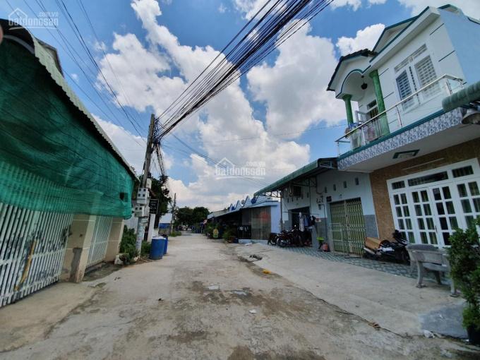 Bán đất Hưng Định Bình Nhâm gần cầu Suối Đờn, TX Thuận An đường xe hơi 5m, xung quanh nhà ở kín