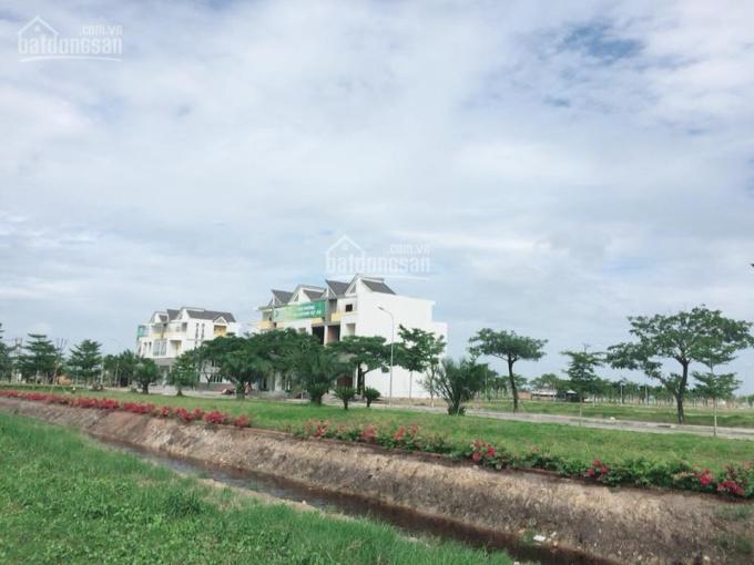 Bán đất nền Sài Gòn Ecolake Long An chỉ 5tr/m2, LH: 0911.233.239