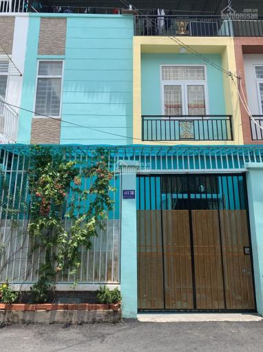 Nhà đẹp đường thông 1 trệt 2 lầu, Tô Ngọc Vân
